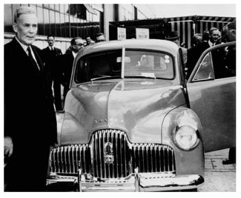 3095785_ben-chifley-prime-minister-holden-car1